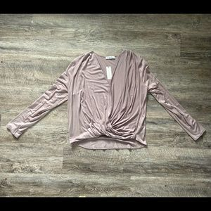 """Anthropologie """"On the road"""" Top Size Large"""